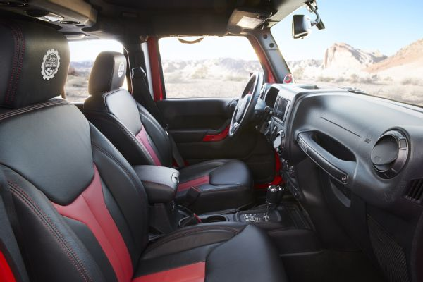 jeep-wrangler-red-rock-responder-concept-interior